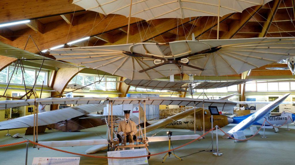 Genussgasthof - große Segelflugmodelle im Segelflugmuseum