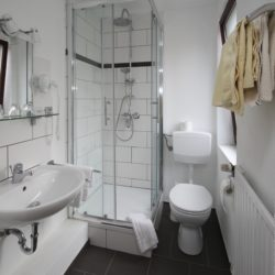 Fuldaquelle - Einzelzimmer - Badezimmer