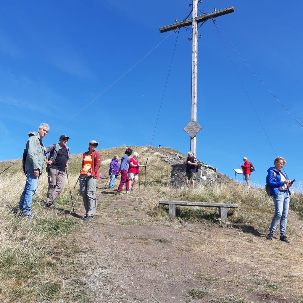 Gipfelkreuz - GENUSS- UND NEISELWANDERUNG